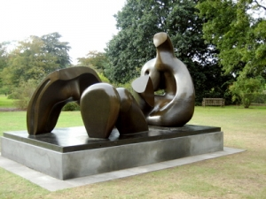 henry-moore22
